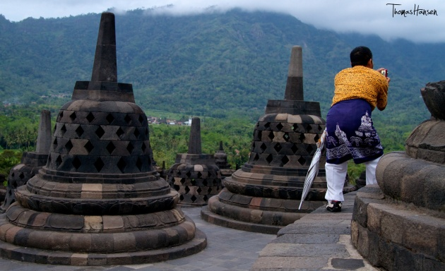 Borobodur Tour Guide at Sunrise - Java - Indonesia