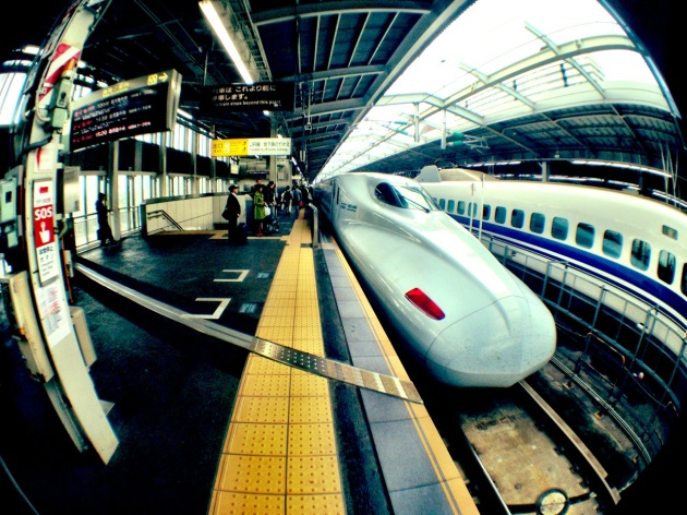 iPhone Olloclip Japan - Shinkansen